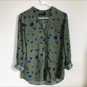 Lightweight blouse • BANANA REPUBLIC •